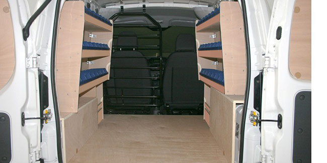 carrosserie perpignan carrosserie jarry am nagement d 39 utilitaires languedoc roussillon. Black Bedroom Furniture Sets. Home Design Ideas